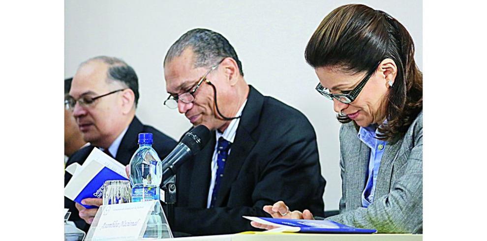 Órgano Ejecutivo, en deliberación para elegir a magistrados
