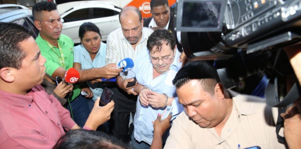 Cucalón en medicatura forense, antes de continuar indagatoria