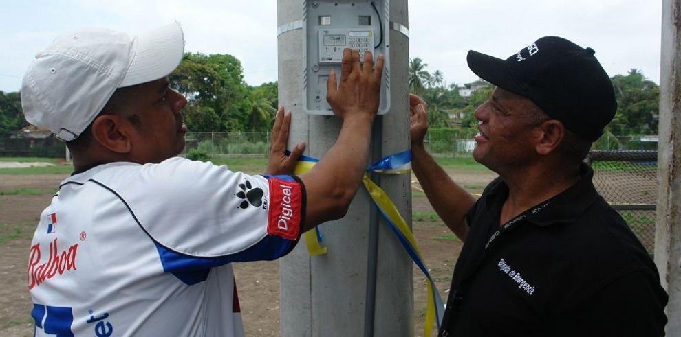 ENSA ilumina espacio deportivo en Colón