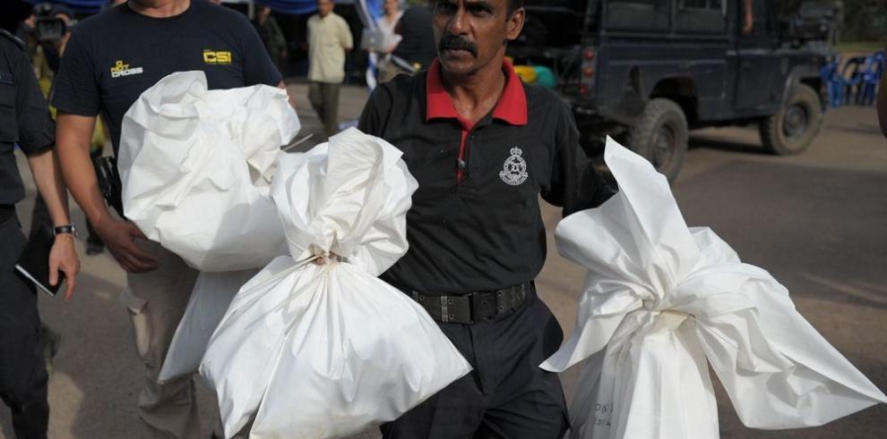 Las autoridades de Malasia descubren 139 fosas comunes