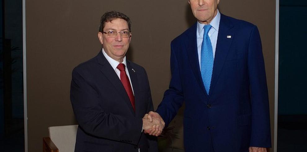 Secretario de EE.UU. y canciller cubano se reúnen en Panamá
