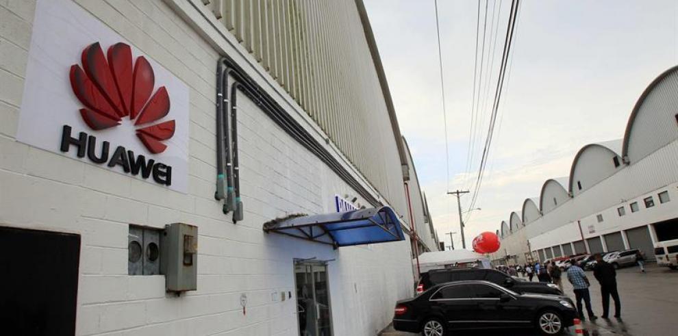 Huawei abre en Panamá su sexto centro de distribución del mundo