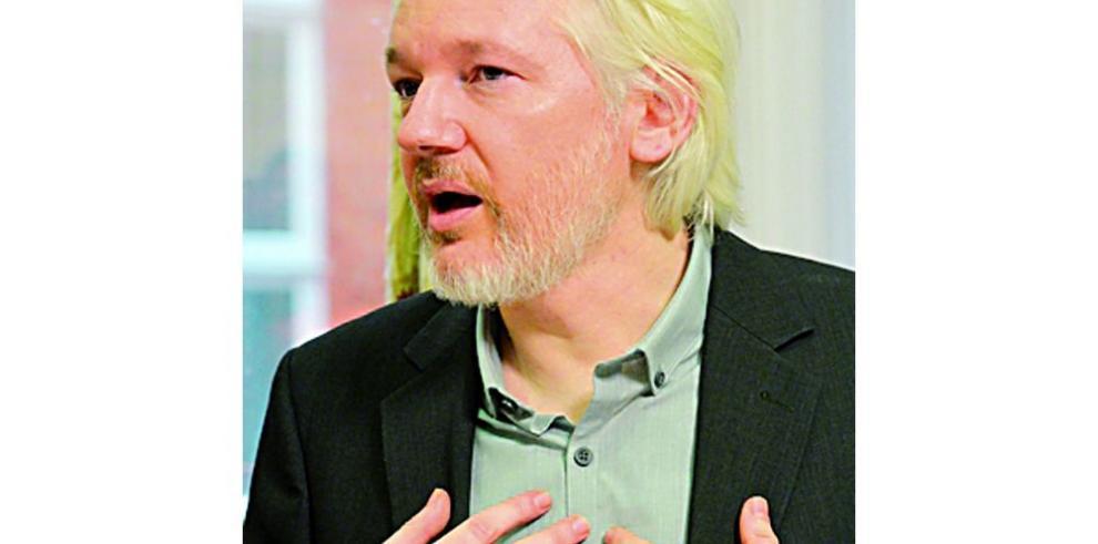 Assange será arrestado si deja embajada
