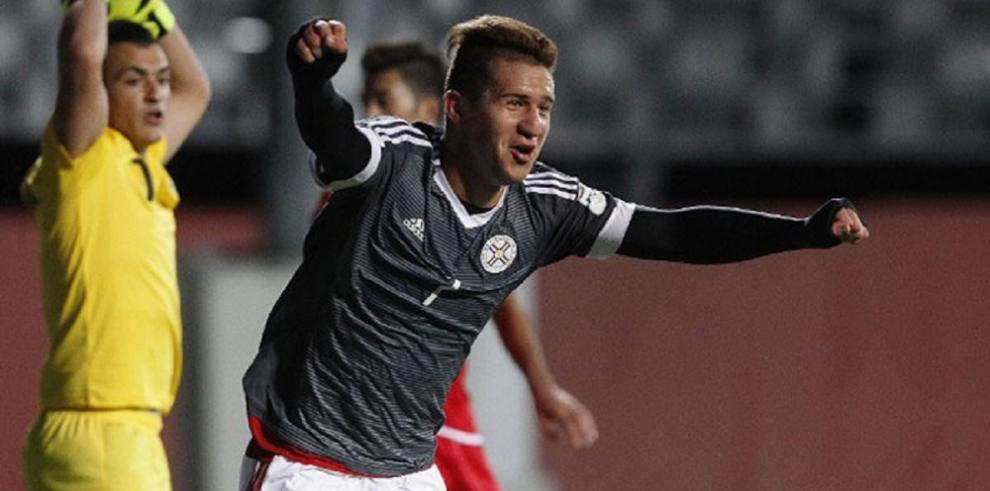 Paraguay debuta con una plácida goleada ante Siria