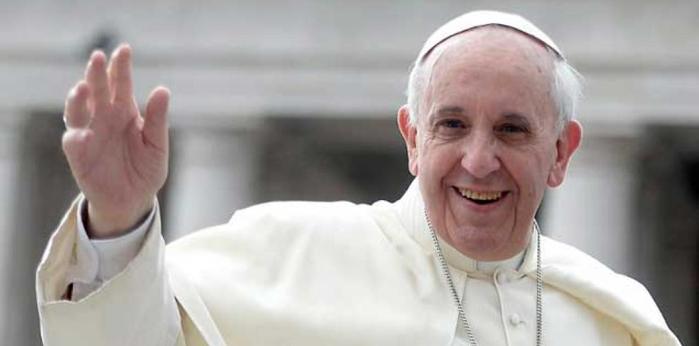 Francisco celebra la mirada progresista del cardenal Martini