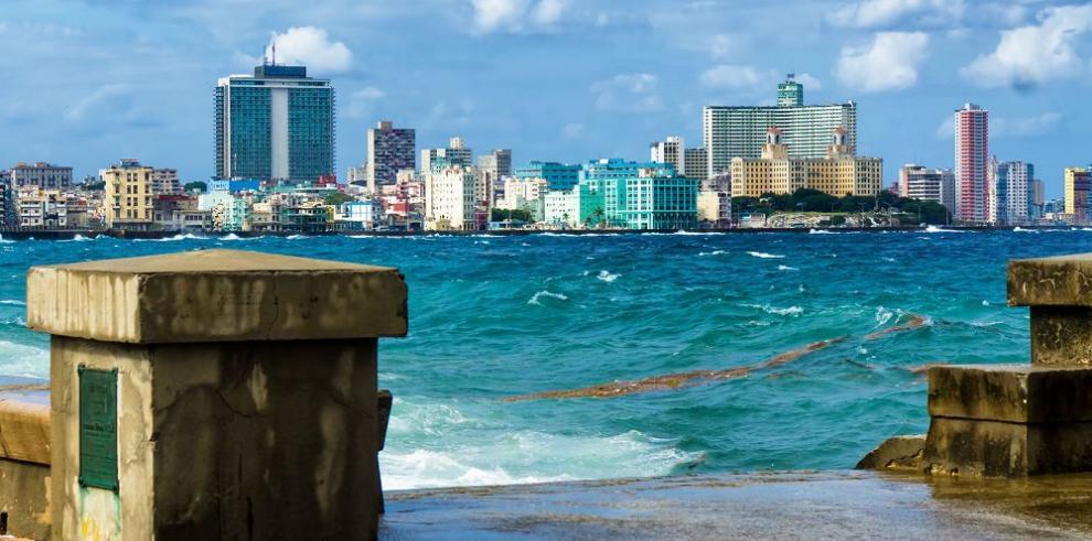 Cuba autoriza a una segunda empresa a invertir en puerto