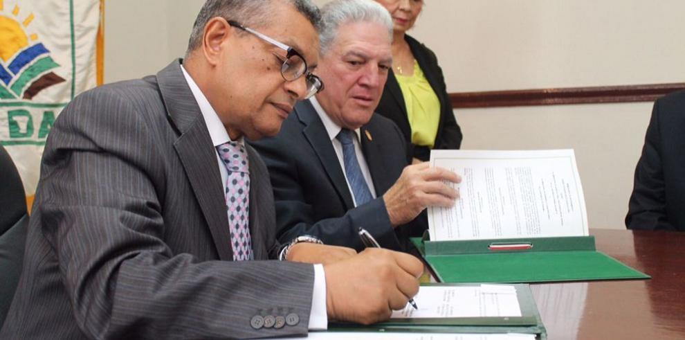 Panamá y Egipto firman acuerdo