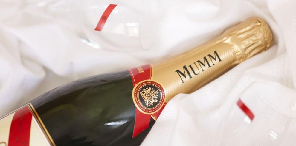 Lanzan primera botella de champán con sensor digital
