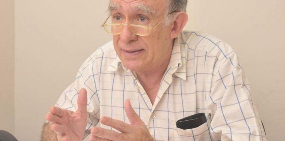 Mauro Zúñiga presentó denuncia contra el presidente Varela