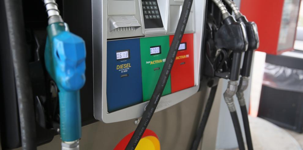 Combustible ha sufrido un alza tres veces, en lo que va del 2015