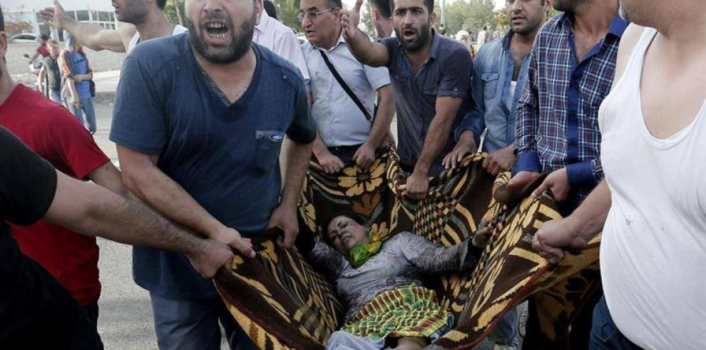 Explosión deja dos muertos Turkia
