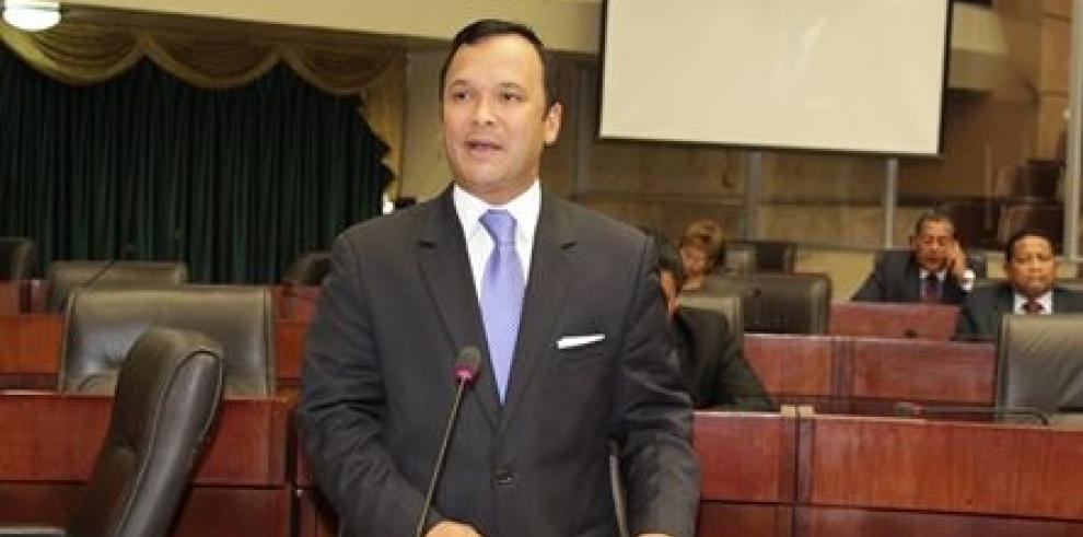 Grimaldo Córdoba da la cara y acude a la Fiscalía Auxiliar