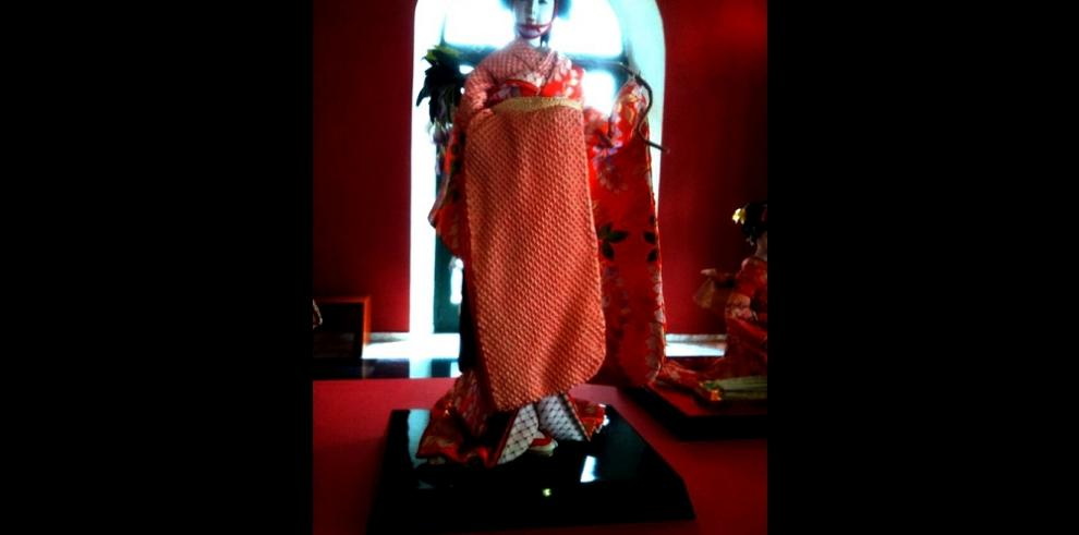 Exposición de muñecas japonesas en Panamá
