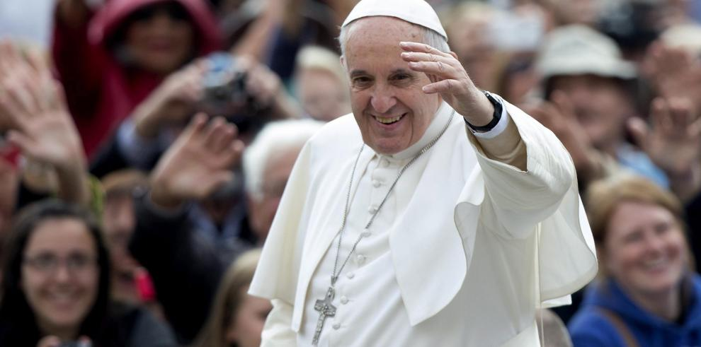 El papa invita a los protestantes a dialogar sobre sexualidad