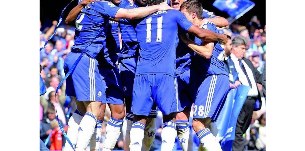 """Chelsea gana y logra su quinta """"Premier"""""""