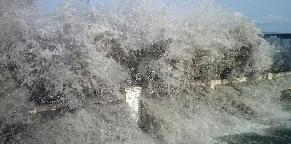Fuerte oleaje en Chiriquí deja 8 viviendas afectadas