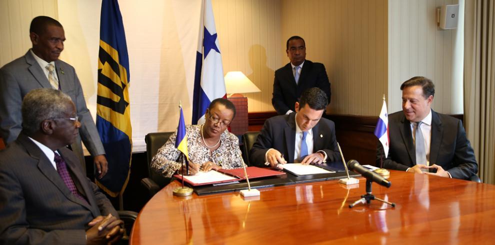 Panamá y Barbados firman acuerdo de consultas bilaterales