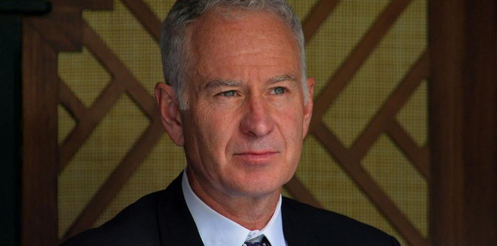 McEnroe cree que Nadal debe cambiar de entrenador