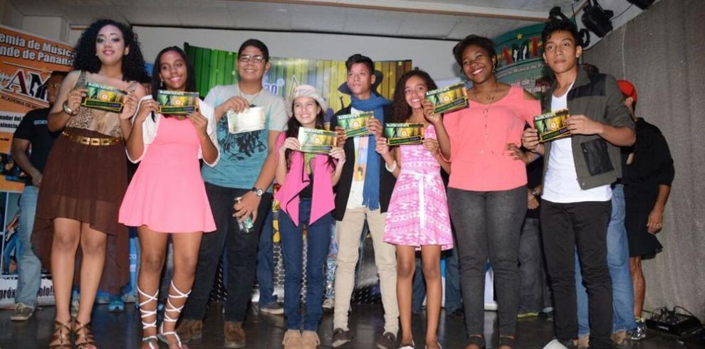 Proyecto Estrella 2015 ya cuenta con sus 8 finalistas