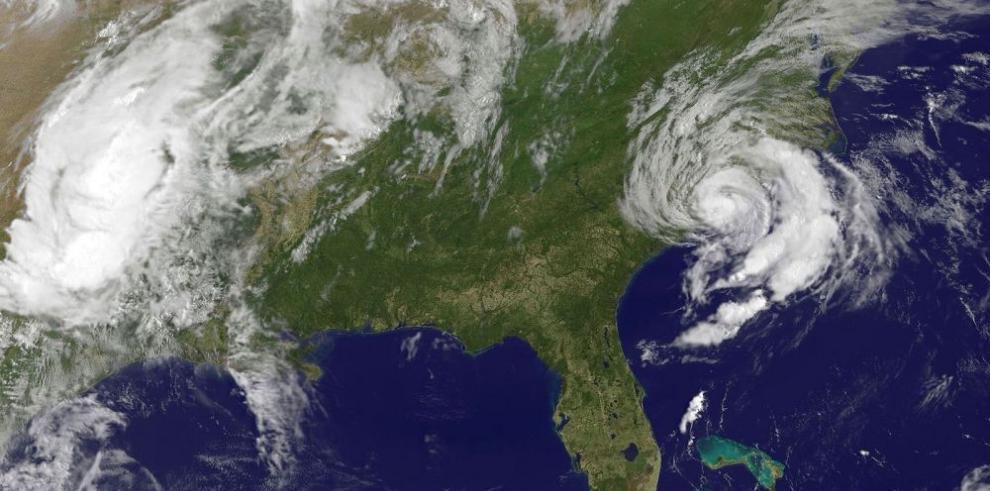 Ana toca tierra en costas del sureste de los Estados Unidos