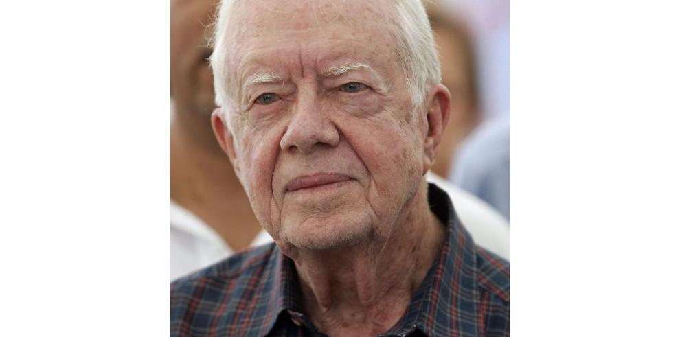 Carter suspende viaje por enfermedad