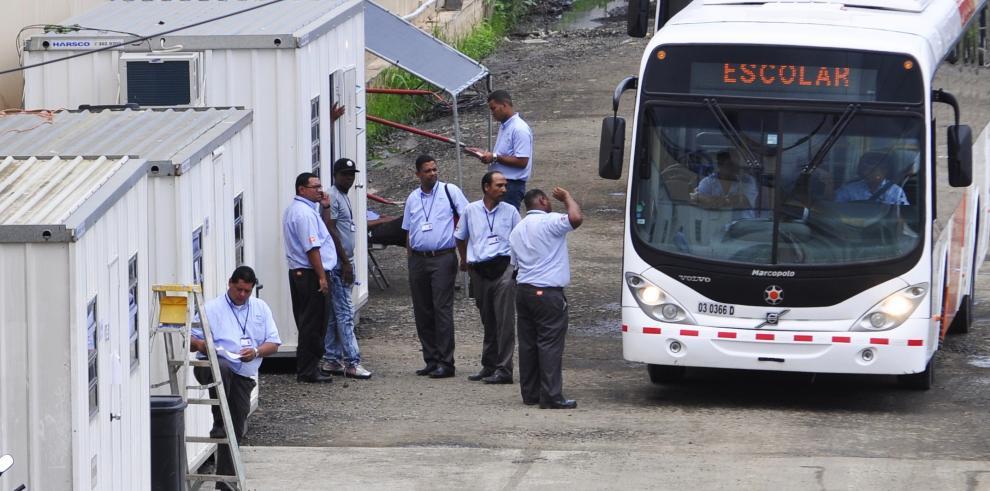 Mitradel se reúne con directivos de la empresa Mi Bus