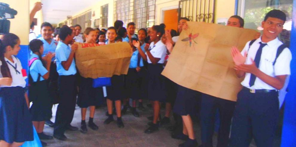Colegio de Coclé suspende clases