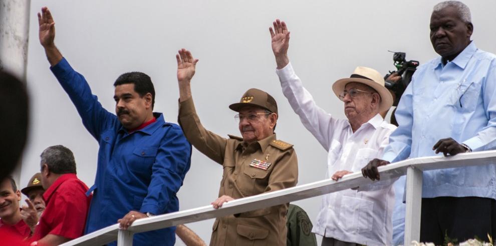 Nicolás Maduro viaja a Cuba para participar el día del trabajo