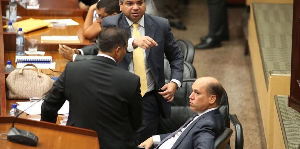 Ejecutivo enfría el debate para eliminar el Crisol de Razas