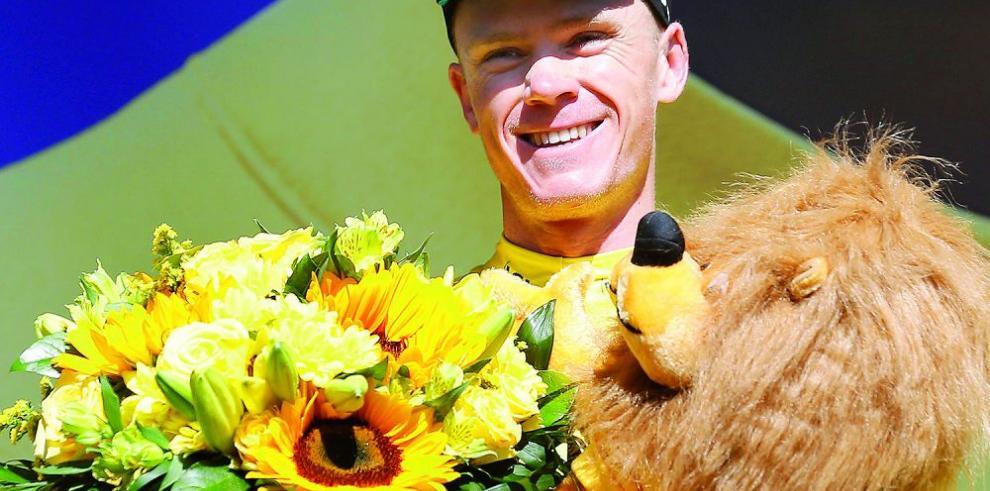 Cavendish gana etapa, Froome se pone líder