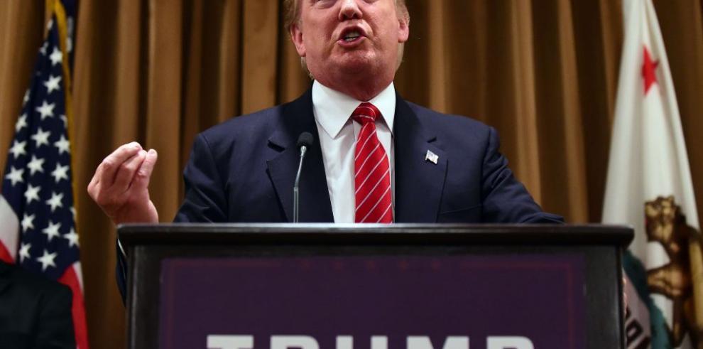 Trump predice que ganará el voto hispano pese a polémicos comentarios