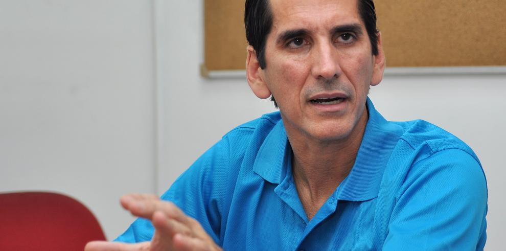 Exministro Rómulo Roux rinde declaración en caso de radares