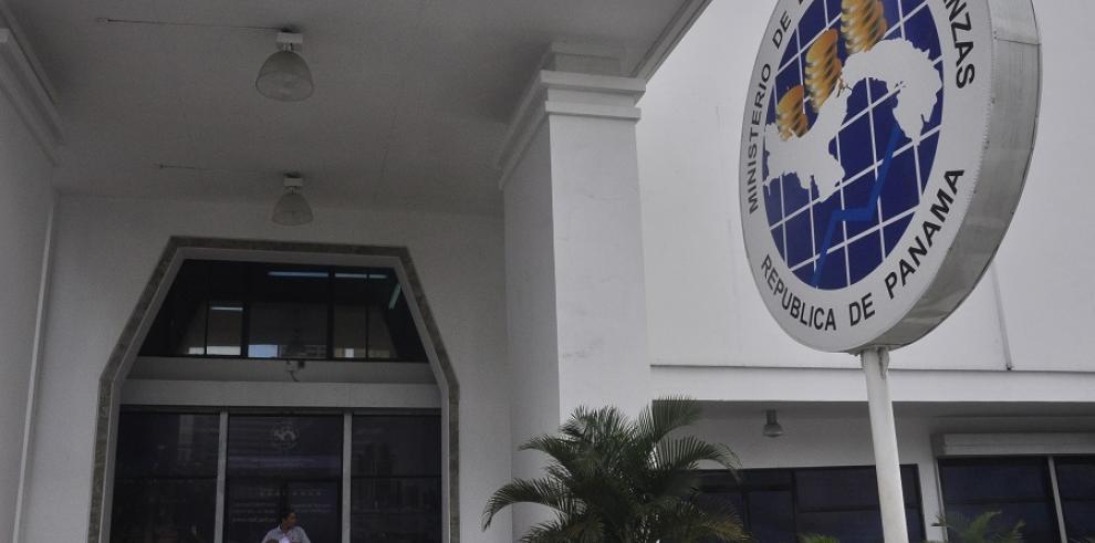 MEF declara nula resolución que restringe datos públicos