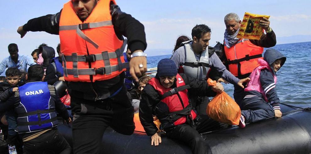 Más de 30 muertos en nuevo naufragio