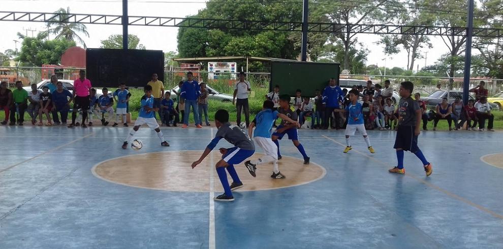 Buscan rescatar niñez en Coclé con el deporte