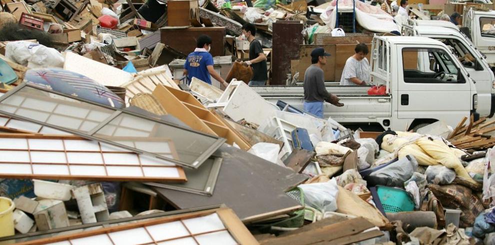 Más de tres mil personas evacuadas en Japón por graves inundaciones