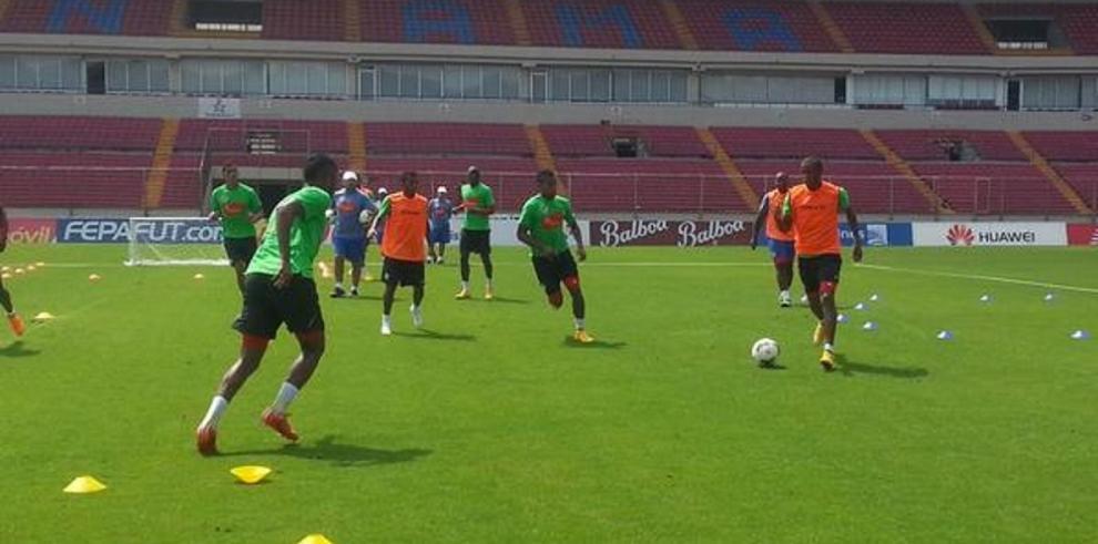 La Roja inició hoy su entrenamiento a cara de la Copa de Oro 2015