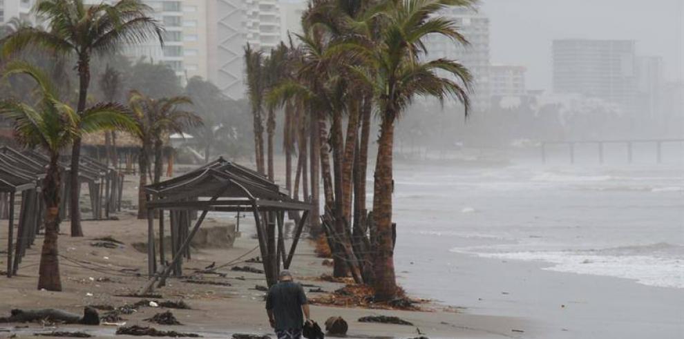 Estados mexicanos de Michoacán y Guerrero, en alerta por la tormenta
