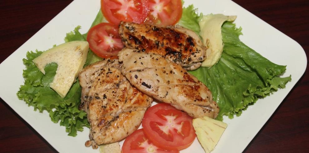Filete de pechuga de pollo al orégano