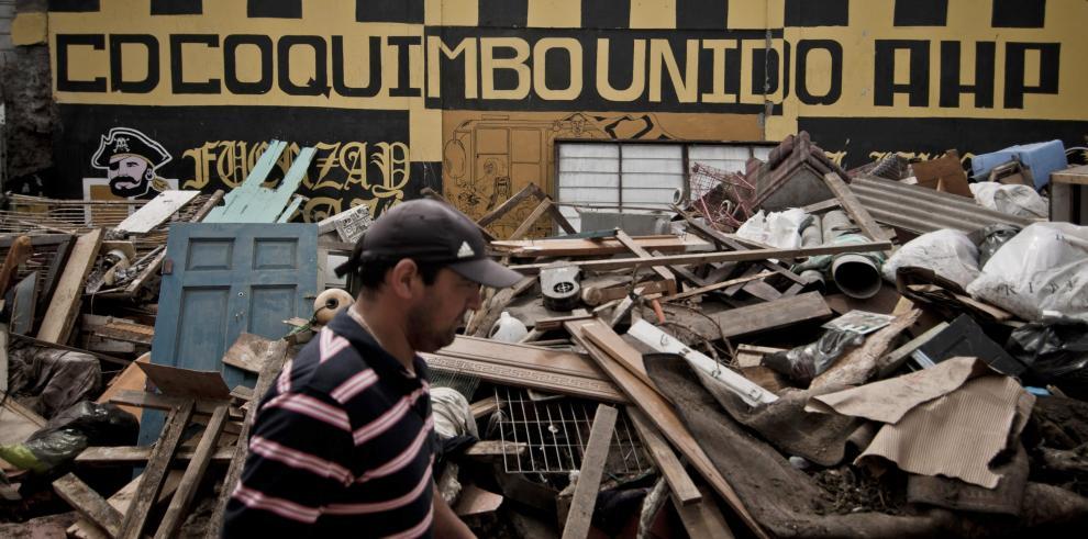 Se eleva a 3,600 los damnificados por terremoto en Chile