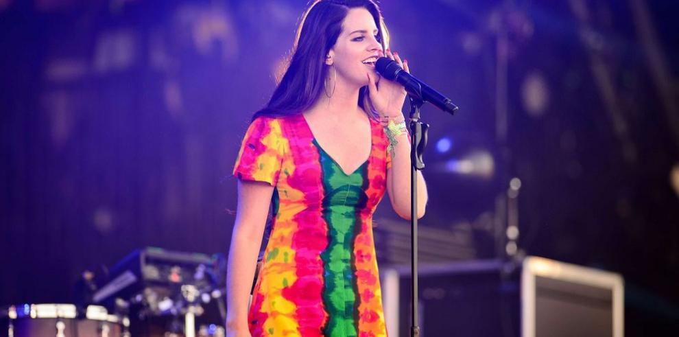 La cantante Lana Del Rey presenta nuevo álbum