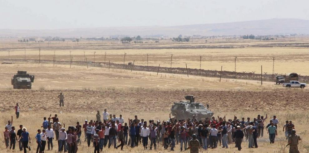 El EI vende a 42 prisioneras yazidíes en uno de sus cuarteles en Siria