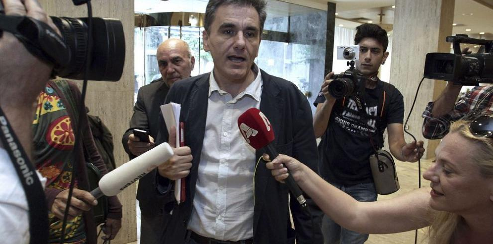 Aumenta el peligro de controles de capital en Grecia