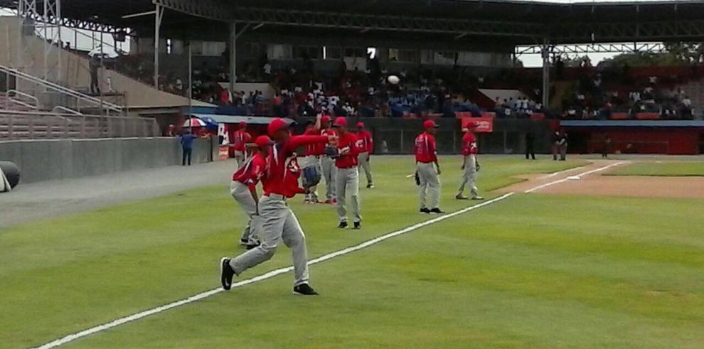 Inició el XVI Latinoamericano de Béisbol Intermedio