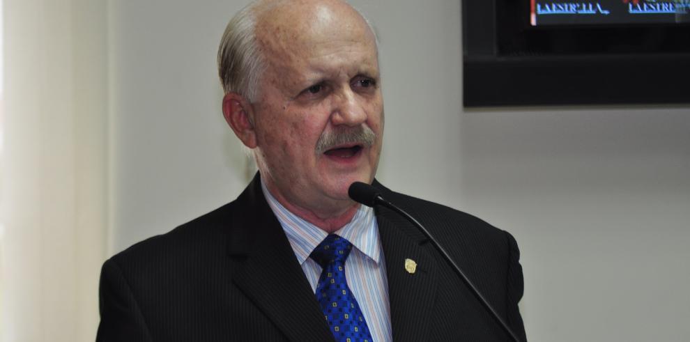 CSJ rechaza investigar por nepotismo al magistrado Erasmo Pinilla