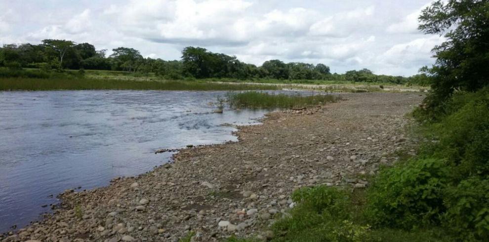 Residentes se oponen a cantera en el río Chiriquí