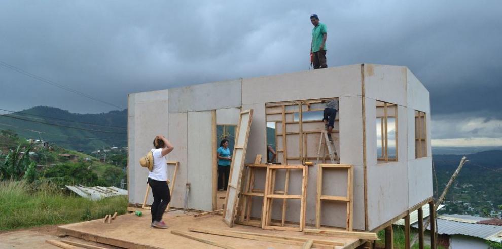 Construyen casa comunal en Arraiján