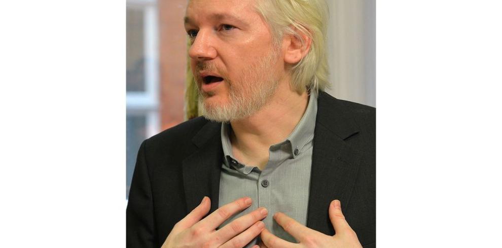 Prescriben las acusaciones contra Assange