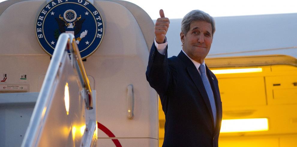 Secretario de Estado de EEUU John Kerry llega a Cuba