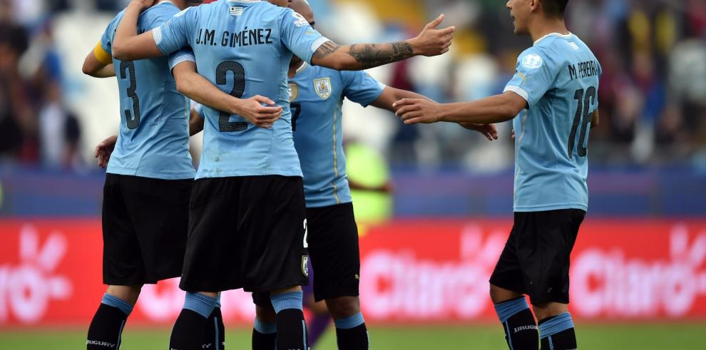 Uruguay venció a la aguerrida Jamaica